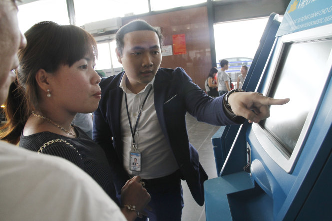 Thủ tục trực tuyến để bay nhanh tại Nội Bài