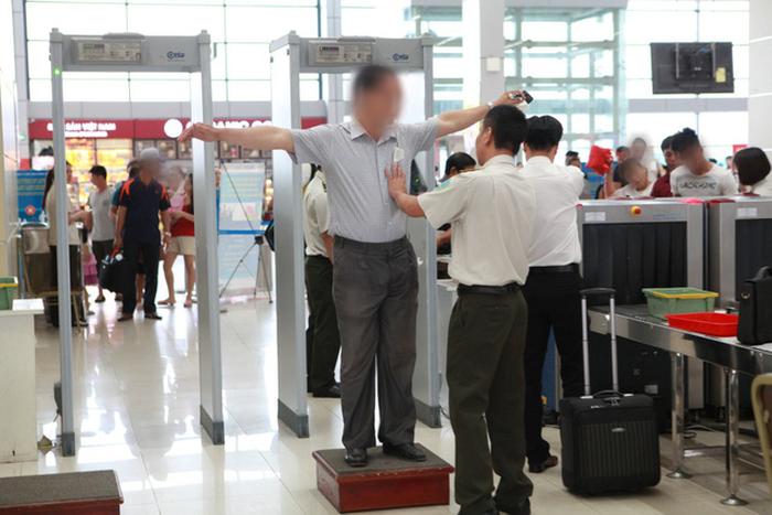 Trang phục nên mặc khi đi bay tại Nội Bài-Taxi Nội Bài