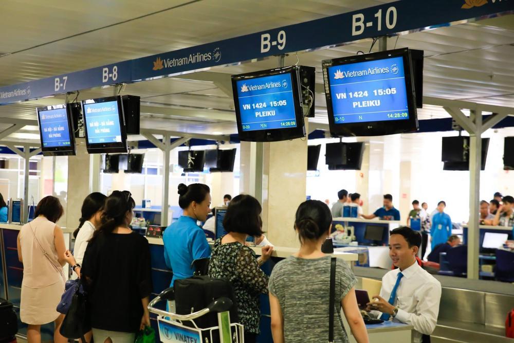 Nên thân thiện khi làm thủ tục tại sân bay Nội Bài-Taxi Nội Bài