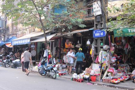 Đón Taxi Nội Bài về Hàng Bồ Hà Nội.Giá:250k/xe 4 chỗ