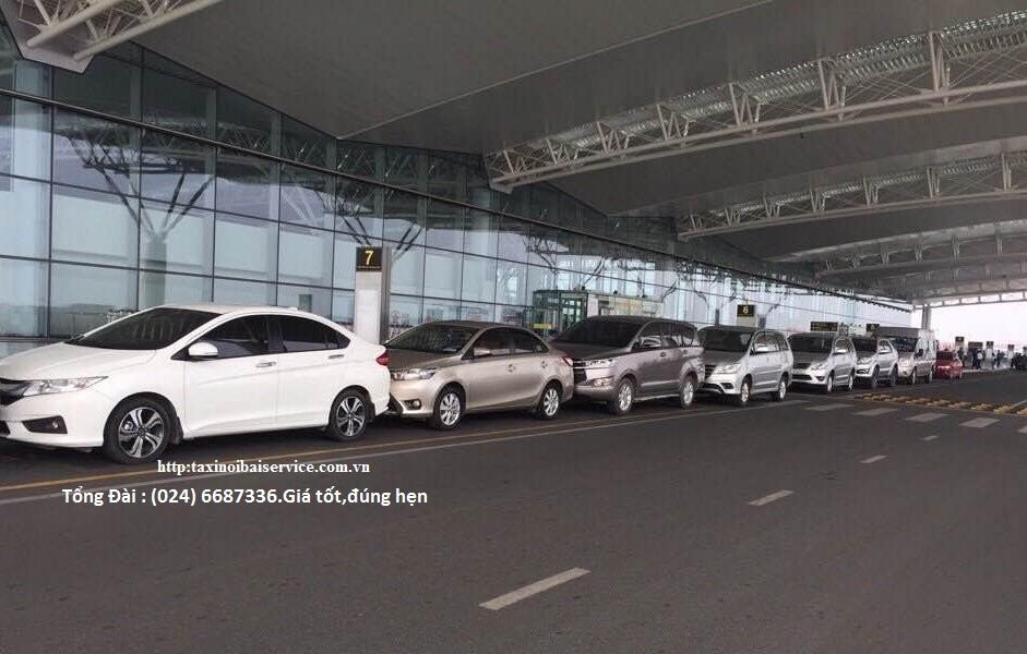 Bãi gửi xe ô tô khu vực sân bay Nội Bài